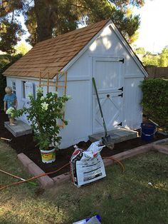 This DIY playhouse f