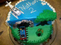 Thomas the Train Cake. Love the tunnel idea...