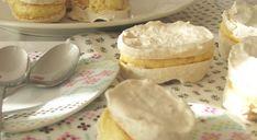Laskonky cukrárenské   Minin recepty Pancakes, Pudding, Cookies, Breakfast, Desserts, Recipes, Food, Basket, Crack Crackers