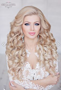 From Web Salon ~ Bridal Hairstyles Big Blonde Hair, Long Curly Hair, Big Hair, Curly Hair Styles, Wedding Hair And Makeup, Bridal Hair, Hair Makeup, Peinados Pin Up, Gorgeous Hair