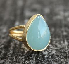 Sea Green Chalcedony Ring  Adjustable Ring  Teardrop Cut par OhKuol, $40,00