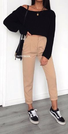 spring  outfits woman in brown pants and pair of black-and-white b4433c677
