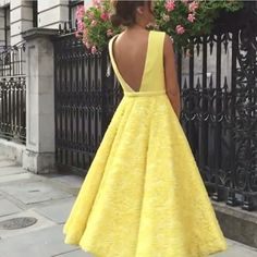 Deep V-neck Homecoming Dress, Cute Yellow Tea Length Lace Prom Dress, Short Prom Dress, Sleeve Word Shoulder Homecoming Dresses Sweetheart Short Prom Orange Homecoming Dresses, Prom Dresses 2017, Bridesmaid Dresses, Formal Dresses, Dame Chic, School Dresses, Yellow Fashion, Yellow Dress, Yellow Lace