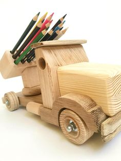 Wood toy for kids Pencil holder Wooden truck Learning toy Montessori wood toy for boy Desk organizer Educational model Childrens toy tractor - Spielzeug Ideen Toys For Boys, Kids Toys, Wood Projects, Woodworking Projects, Wooden Toy Trucks, Boys Desk, Bois Diy, Pencil Holder, Learning Toys
