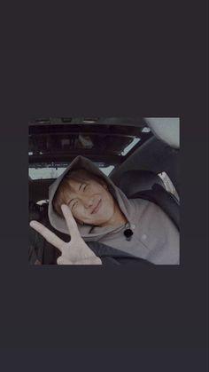 Foto Bts, Bts Photo, Kookie Bts, Bts Taehyung, Mixtape, Frases Bts, Bts Meme Faces, Bts Backgrounds, Bts Rap Monster