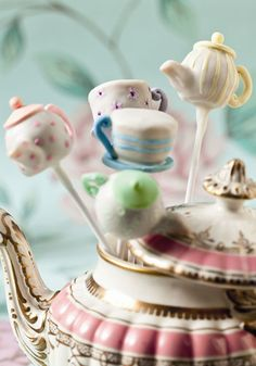 ~ wouldn't it be fun to serve these tea party cake pops!