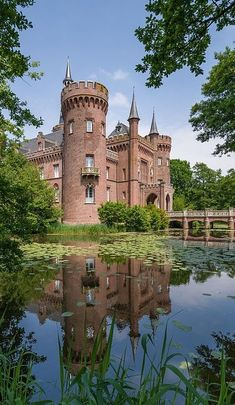 The moated Moyland Castle in Germany. #AmazingCastles #MoatedCastles