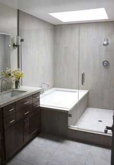 85 Wonderful Design for Your Bathroom Ideas result This is improvement on usual shower/bath combo Modern Master Bathroom, Minimalist Bathroom, Bathroom Layout, Modern Bathroom Design, Bathroom Interior Design, Bath Design, Timeless Bathroom, Bathroom Grey, Shower Bath Combo