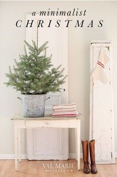 6 Tips for a Minimalist Christmas - Val Marie Blog