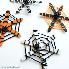 Halloween Crafts for Kids: Popsicle Stick and Yarn Spiderweb
