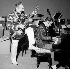 Elvis & Liberace 1956 Las Vegas Traded instruments, jackets and shoes and performed as each other.