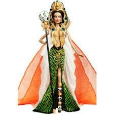This is supposed to be Cleopatra but it looks more to me like a jungle princess (I'm not hating)