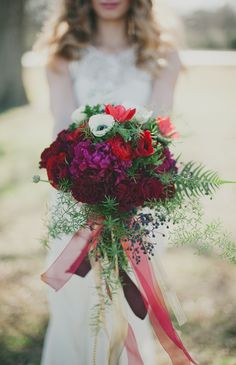 Wedding Bouquet -- Rich Reds -- See more wedding inspiration here: http://www.StyleMePretty.com/2014/04/11/romantic-art-inspired-wedding-shoot/ #smp -- Photography: Sarah McKenzie Photography - www.sarahmckenziephoto.com -- Floral Design: Tamara Menges Designs - http://tamaramenges.com/