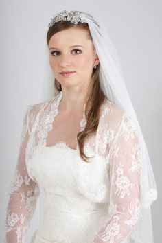 SH2-2 is the perfect shrug to add to your gown to create a similar Bridal style to Princess Kate's.