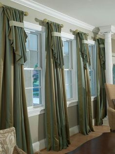 See more window coverings and window treatments sunroom. Custom Drapes, Custom Windows, Curtain Styles, Curtain Designs, Rideaux Design, Home Curtains, Swag Curtains, Tier Curtains, Window Treatments Living Room Curtains