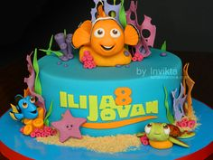 Finding Nemo birthday cake close up