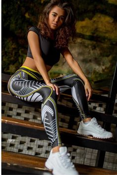 60% OFF Today on our Best-Selling Leggings 😍 Printed Gym Leggings, Women's Sports Leggings, Legging Sport, Workout Leggings, Mode Des Leggings, Leggings Are Not Pants, Women's Leggings, Black Leggings, Black Queen