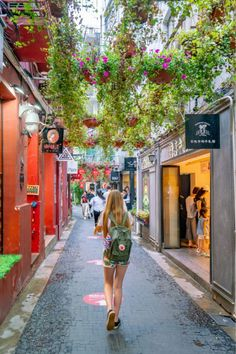 Shopping in Tianzifang is one of the best things to do in Shanghai, China. Save here to learn more at La Jolla Mom Visit Shanghai, Shanghai Tower, China Travel Guide, Travel Tips, Vietnam Travel, Asia Travel, Beijing, Semester At Sea, Shanghai Skyline