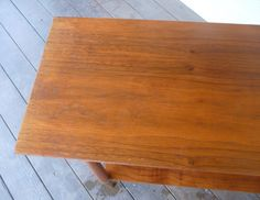 DIY fix for scratches in wood furniture. Worth a try on our borrowed dining table. Furniture Scratches, Furniture Repair, Furniture Makeover, Wood Furniture, House Cleaning Tips, Diy Cleaning Products, Cleaning Hacks, Cleaning Solutions, Into The Woods