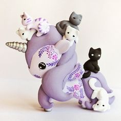 Reserved tokidoki unicorno art toy - kittens