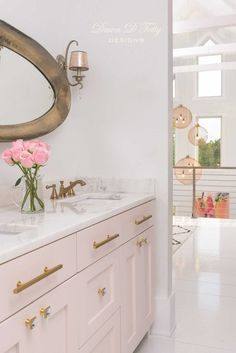 Blush Master Bathroom design by Dawn D Totty Designs - I'm liking the idea of pi. - Blush Master Bathroom design by Dawn D Totty Designs – I'm liking the idea of pink and white fo - Blush Bathroom, Bathroom Colors, Small Bathroom, Master Bathroom, Bathroom Designs, Feminine Bathroom, Silver Bathroom, Bathroom Closet, Decor Inspiration