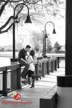 Kiss on the dock, couples photography