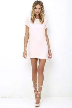 Shimmy, shuffle, and shake in the Shift and Shout Blush Pink Shift Dress! A rounded neckline and short sleeves complete a classic shift style dress at a leg-baring length. Pink Dress Casual, Casual Dresses, Short Sleeve Dresses, Summer Dresses, Short Sleeves, Light Pink Bridesmaid Dresses, Blush Pink Dresses, Wedding Dresses, Dress Outfits