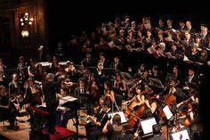 El Presidente asistió a la celebración musical por la reforma en el Teatro Colón