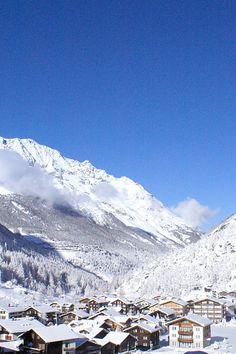 Partners for ski rental & snowboard rental in Saas-Almagell. Ski Rental, Snowboard, Switzerland, Mount Everest, Skiing, Adventure, Mountains, Travel, Outdoor
