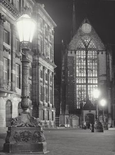 """"""" New Church """" Amsterdam, about photo: Kees Scherer Amsterdam City Centre, I Amsterdam, World Press Photo, Gothic Images, Dam Square, Kingdom Of The Netherlands, Church Pictures, Cathedral Church, Dutch Artists"""