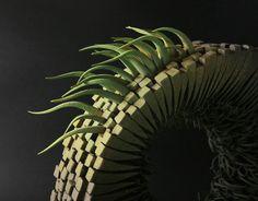 Die Keramik Skulpturen sind von der Natur inspiriert