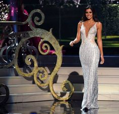 Miss Colombia Paulina Vega miss universe 2015 Lovely Dresses, Beautiful Gowns, Taylor Swift Vestidos, Miss Colombia, Indian Look, Beauty Contest, Before Midnight, Prom Dresses, Formal Dresses