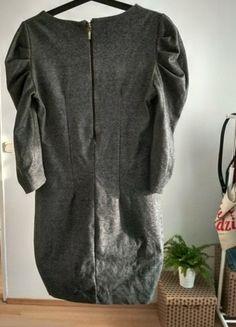 Kup mój przedmiot na #vintedpl http://www.vinted.pl/damska-odziez/sukienki-dzianinowe/21568931-szara-sukienka-przed-kolano-grubszy-material