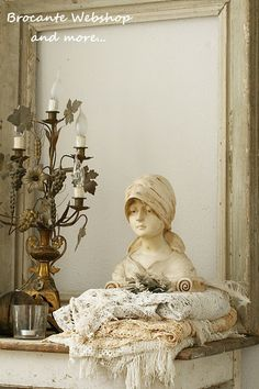 bonjade Statue and candelabra