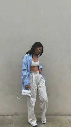 Baddie Outfits Casual, Retro Outfits, Trendy Outfits, Tomboy Fashion, Streetwear Fashion, Fashion Outfits, Cute Sweatpants Outfit, Looks Pinterest, Mode Outfits