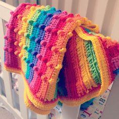 (bumpy) rainbow blanket by http://threebeansinapodcrochet.blogspot.hu