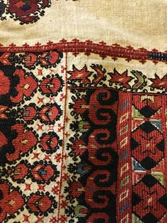 Phulkari Embroidery, Folk Embroidery, Cross Stitch Embroidery, Embroidery Patterns, Macedonia, Persian Carpet, Eastern Europe, Traditional Outfits, Bohemian Rug