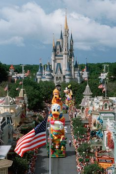 Step+in+Time:+Magic+Kingdom+Park+Marks+20+Years+With+'Surprise+Celebration+Parade'
