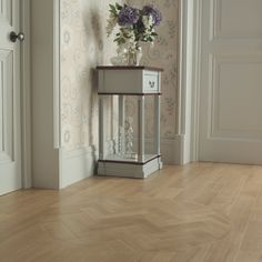 Wherever your space, Amtico flooring brings you an abundance of choice with a versatile and adaptable way to effortlessly create the look you want. Hallway Flooring, Kitchen Flooring, Floor Design, House Design, Amtico Flooring, Floor Finishes, Interior Design Living Room, House Styles, Flooring Ideas