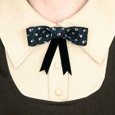 Womens Bow Tie - Black & Pink Flowers
