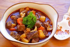 A delicous goulash recipe best served with some nice buttered egg noodles. Hungarian Goulash Recipe from Grandmothers Kitchen. Beef Goulash, Goulash Recipes, Beef Recipes, Soup Recipes, Cooking Recipes, Grandmothers Kitchen, Hungarian Recipes, Beef Dishes, Pressure Cooker Recipes