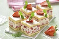 Erdbeer-Biskuit-Würfel
