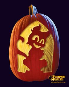 """""""Kitty"""" pattern from the Pumpkin Masters Surface Carving Kit."""