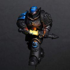 Warhammer Paint, Warhammer Models, Warhammer 40000, Watch Master, Deathwatch, Warhammer 40k Miniatures, Glow, Mini Paintings, Space Marine