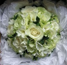Ivory Bridal Bouquet Pictures | Wedding Flowers Blog: Charlotte's Wedding Flowers, Classic green and ...