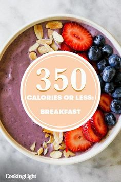 These 6 Breakfasts Are Under 350 Calories and Will Keep You Full Until Lunch Vegan Breakfast Recipes, Brunch Recipes, Vegan Recipes, Detox Breakfast, Breakfast Ideas, Heathy Breakfast, Healthy Smoothies, Smoothie Recipes, Detox Diet Recipes