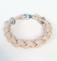 Womens Standard Paracord Bracelet