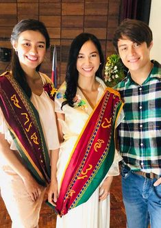 Love team LizQuen has been busy filming for a much-anticipated big screen comeback with director Antoinette Jadaone. Sari, How To Make, Movies, Fashion, Saree, Moda, Films, Fashion Styles, Cinema