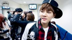 [Picture/Fancafe] BTS Staff Diary : Boy In Luv comeback Pt. 2 [140407]