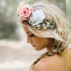 Amp up a simple bridal hairstyle with a boho-chic hairpiece. Photo via Polka Dot Bride.